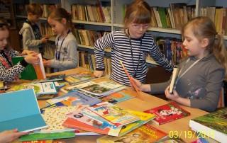 Pasowanie na czytelnika uczniów klasy I